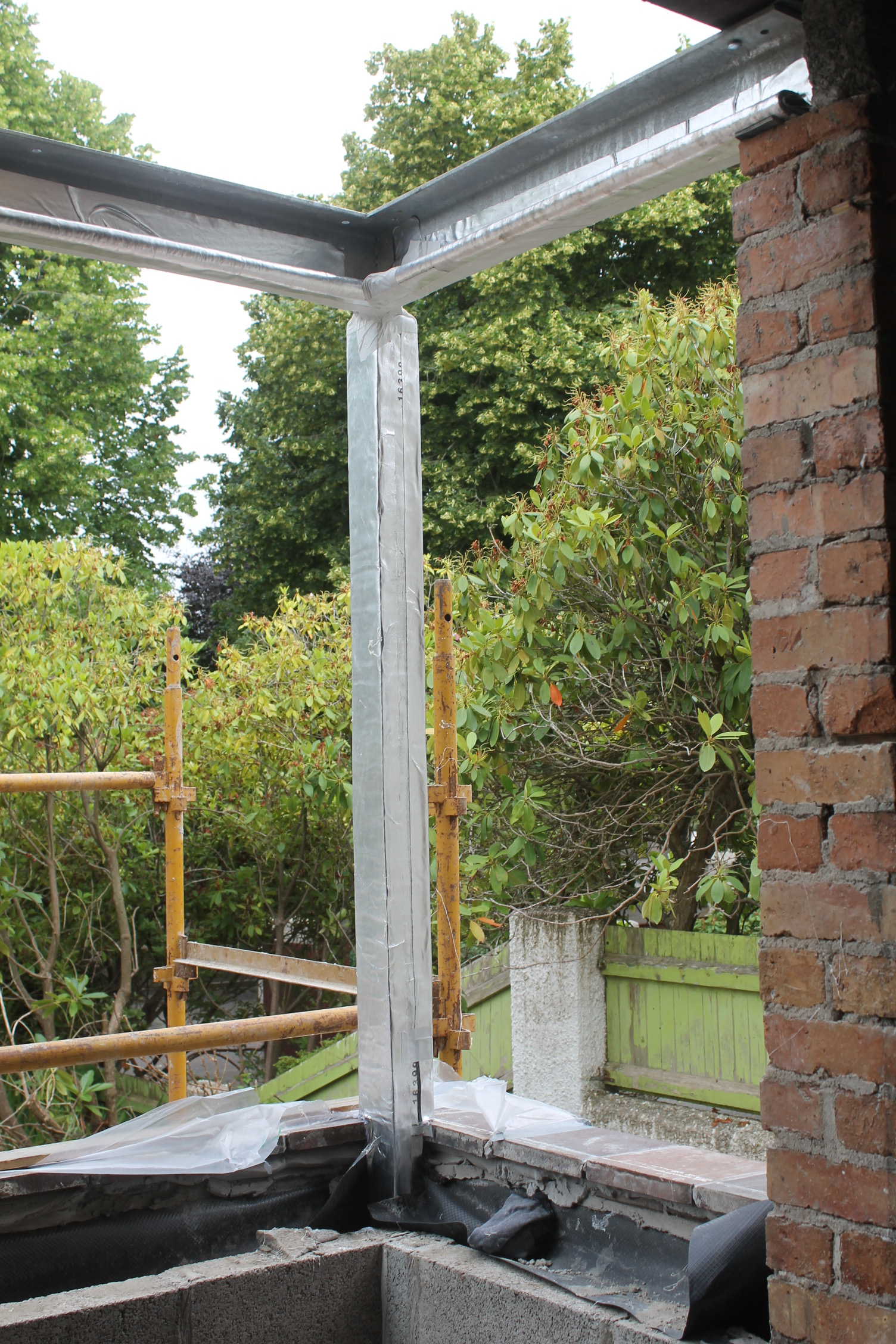 window supports cambourn park 60